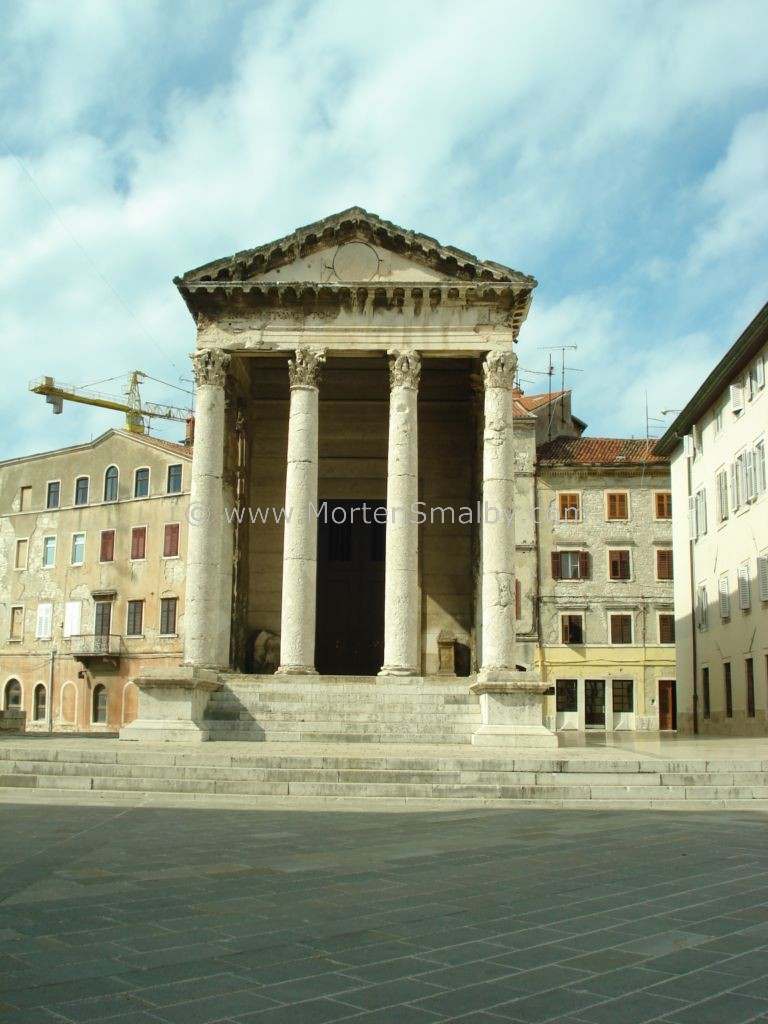 Pula temple of Rome and Augustus